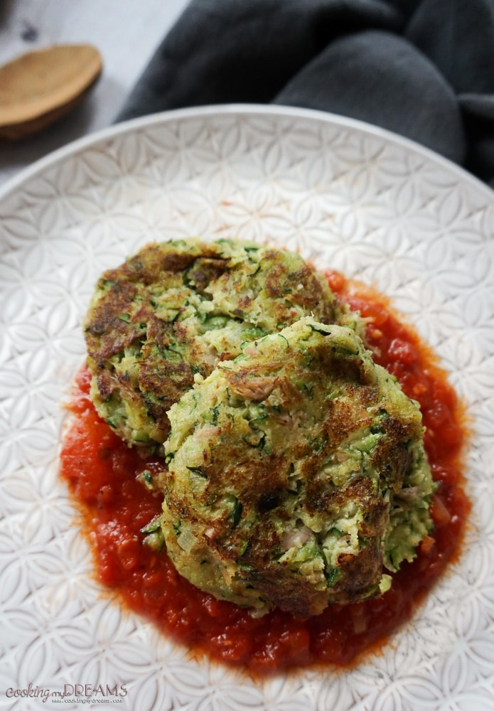 Zucchini Tuna patties with Tomato sauce